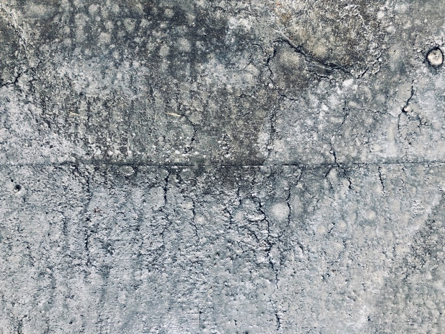Plastic Shrinkage and Cracking from Moisture Loss on the REF Concrete Slab